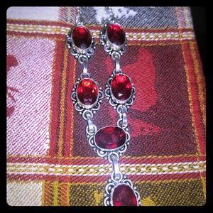 Beautiful garnet necklace.